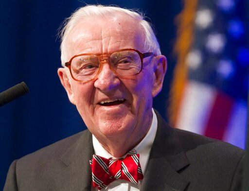 (AP Photo/Danny Johnston, File). FILE - In this May 30, 2012, file photo, former U.S. Supreme Court Justice John Paul Stevens speaks at a lecture presented by the Clinton School of Public Service in Little Rock, Ark. Stevens, the bow-tied, independent-...