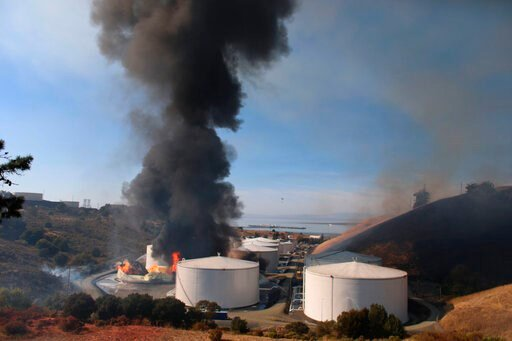 "(Anda Chu/San Jose Mercury News via AP). A fire broke out at NuStar Energy LP facility in Crockett, Calif., Tuesday, Oct. 15, 2019. The Contra Costa Health Department posted on Twitter that there was a ""hazardous materials emergency"" in the towns of Cr..."